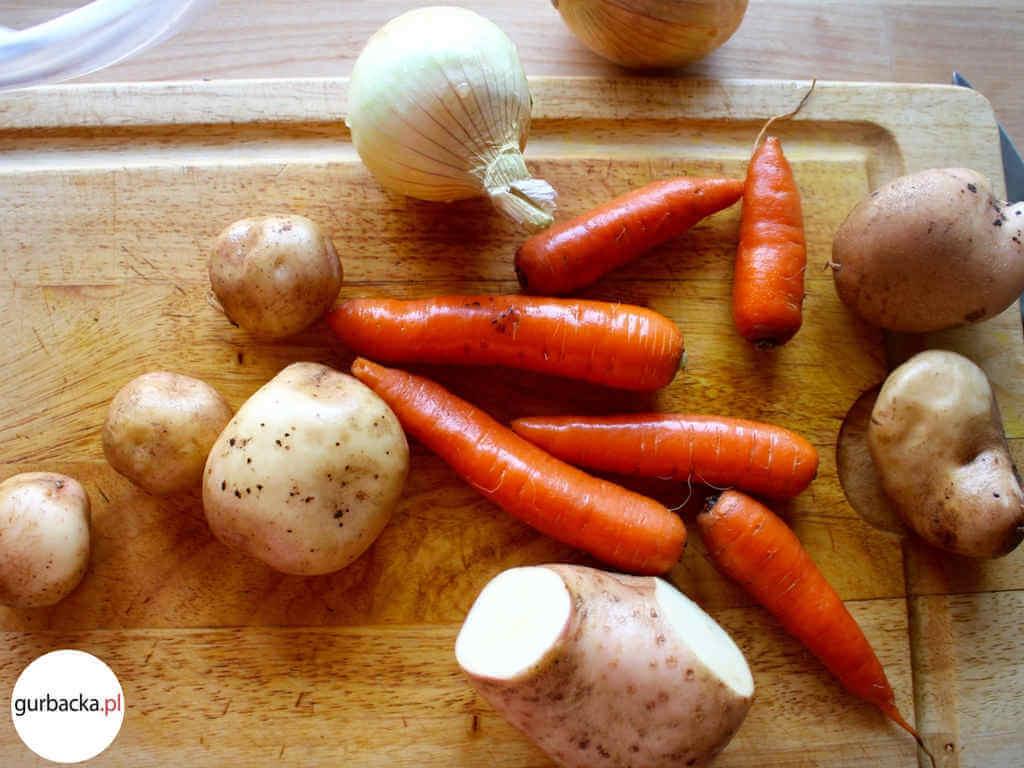 pieczona-jagniecina-warzywa