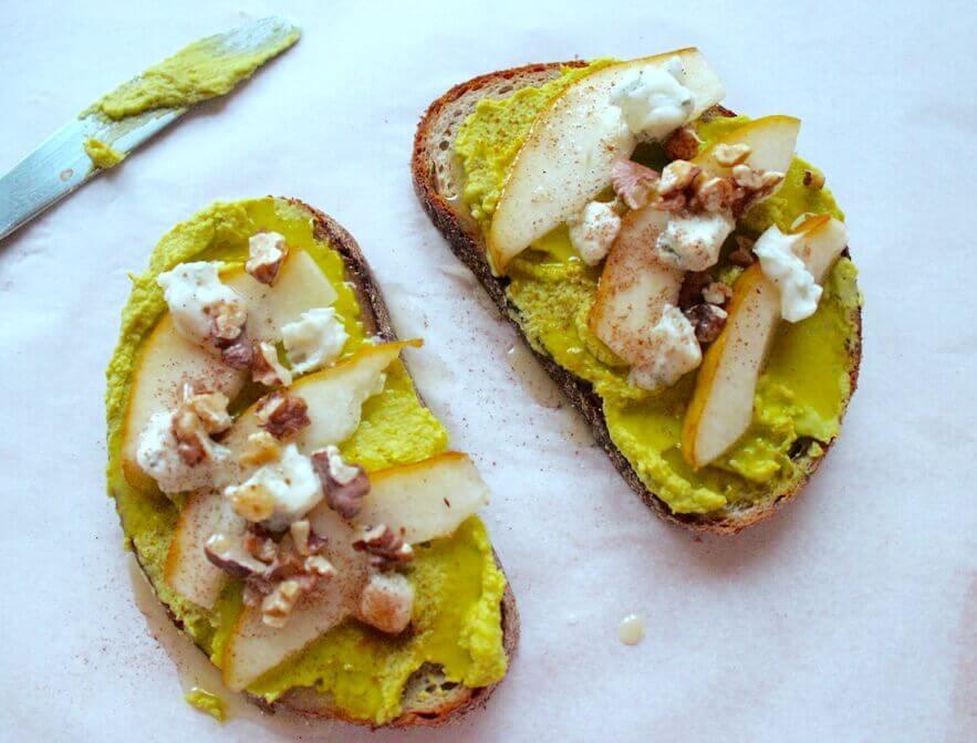kanapka-z-maslem-z-avocado-1