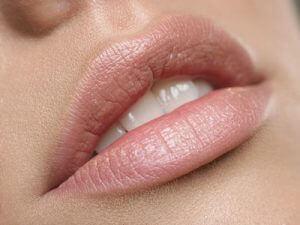 naturalna pomadka do ust