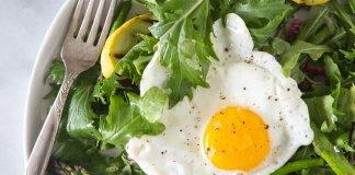 przepisy na salatki ze szparagami
